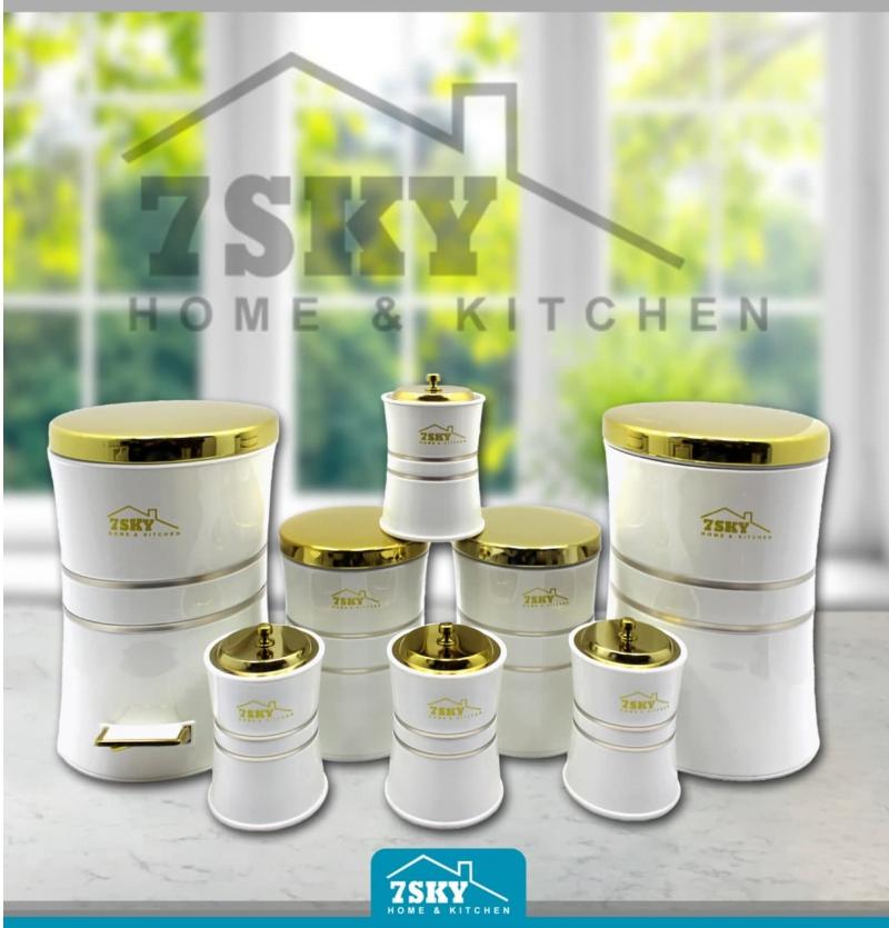 سرویس آشپزخانه 8 پارچه سفید درب طلایی