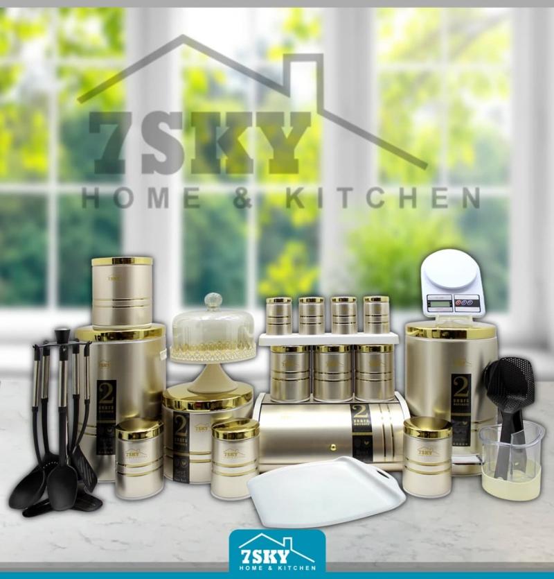 Kitchen service 29 pieces of beige steel In Golden